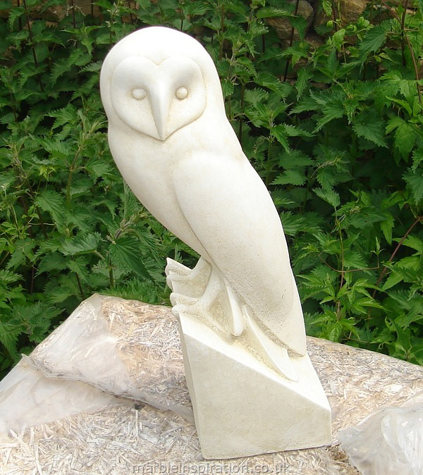 This is a really stunning barn owl garden ornament, beautifully designed to create an outstanding garden feature. It is skillfully crafted with a weather resistant bonded marble - a mix of Iberian marble and cement. A unique piece of garden art, this owl would make a special gift for any occasion, or would proudly sit in your own garden or home.Height 39 cm-Widest point at base 10 cm- SPECIAL OFFER - usually £95