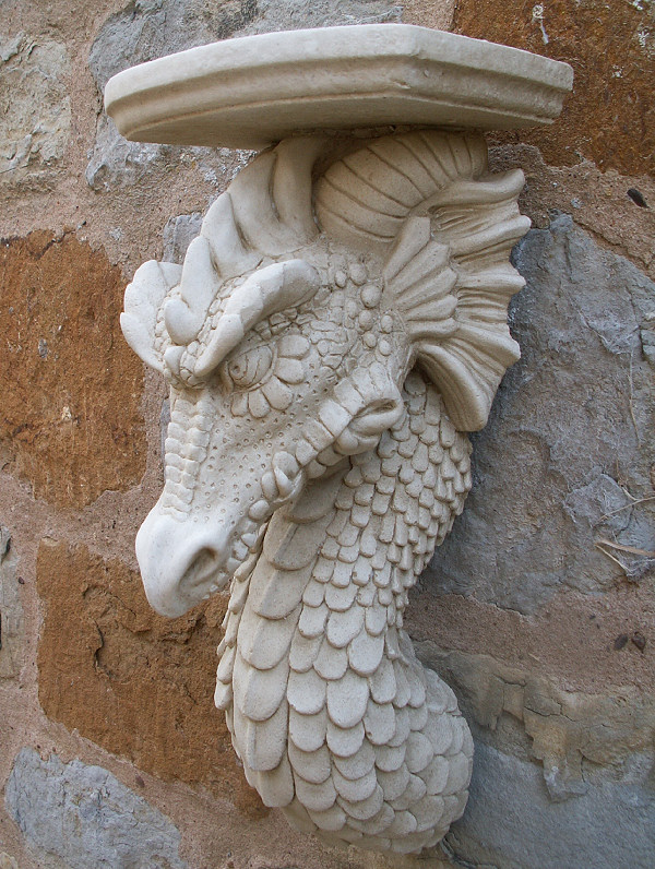 Garden Ornaments : Corbels & Garden Wall Planters : Dragon Corbel Wall Decoration