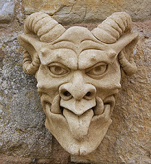 Gargoyle Garden Planter/Flower Pot Bill