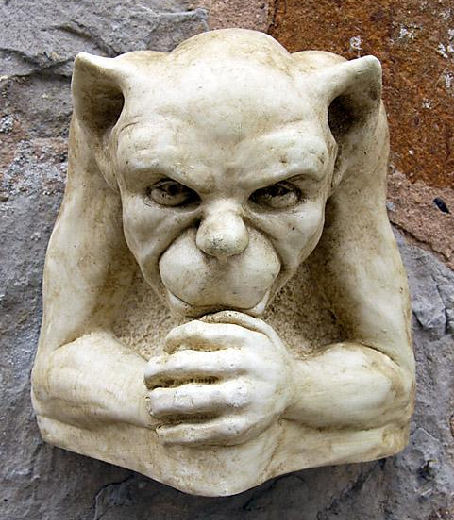 Garden Ornaments : Gargoyle Ornaments : Gargoyle Wall Ornament 'James'