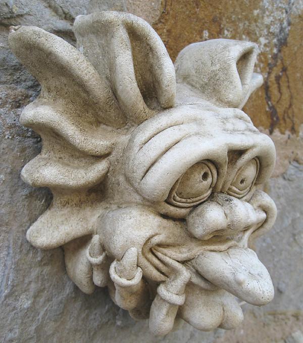 Garden Ornaments : Gargoyle Ornaments : Gargoyle Wall Decoration 'Baby Goofy Gary'