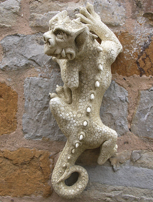 Gargoyle Wall Ornament 'Nim'
